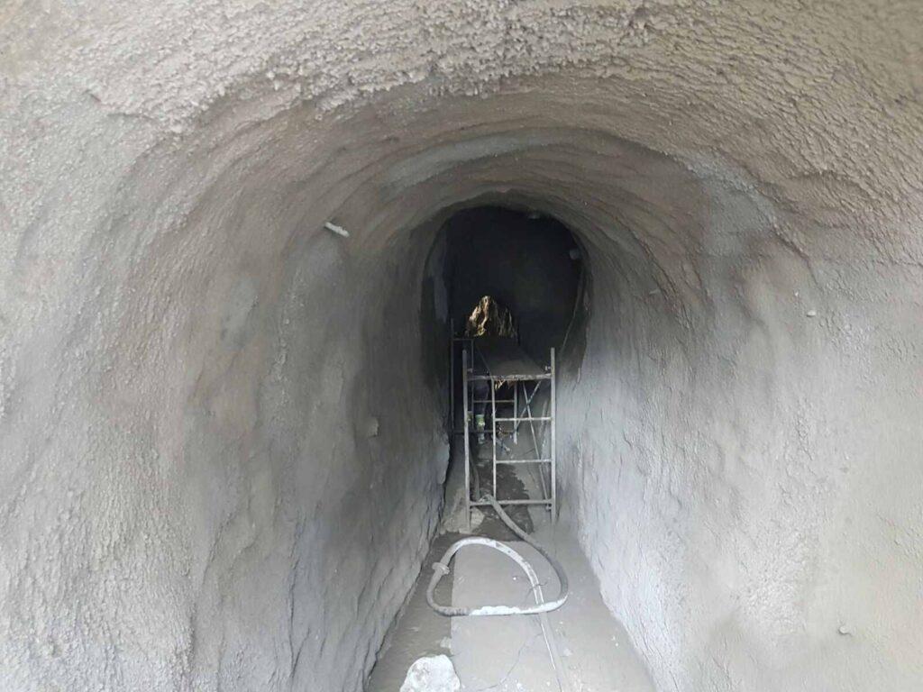 Resultado final del gunitado de túnel